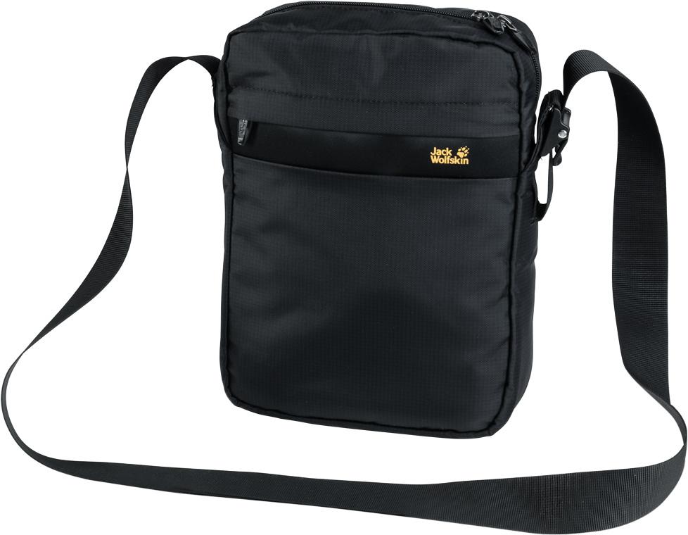 Сумка на плечо Jack Wolfskin Purser Xt, цвет: черный, 5 л. 8005991-60008005991-6000Плоская сумка через плечо со специальным карманом для электронных гаджетов - для путешествий, отдыха и на каждый день. Наша новая сумка для планшета или электронной книги Purser Xt (Персер Эксти) идеальна как для путешествий и шоппинга, так и для ежедневных поездок. В сумке есть место для кошелька, телефона, всех необходимых в поездке документов, бутербродов и даже для вашей любимой книги - как в бумажном, так и в цифровом формате.Внутренние карманы, карабин для ключей и мягкое отделение для планшета позволяют удобно разместить и легко достать все необходимое. Защелкивающаяся пряжка легко и быстро регулирует ремень через плечо на нужную длину.