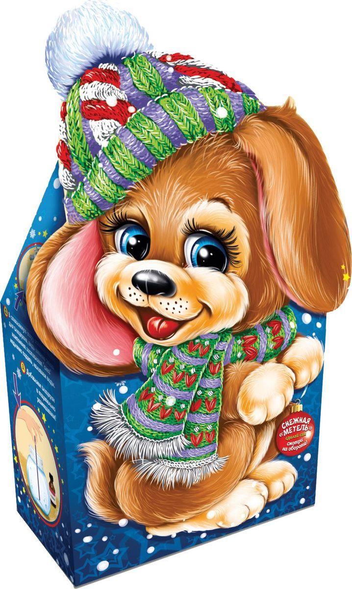Сладкий новогодний подарок Дружок, 800 г1552Новогодние подарки в картонной упаковке считаются самыми популярными для поздравления детей в детских садах и школах, и с каждым годом остаются лидерами продаж. Сладкий Новогодний подарок  Дружок  800 гр. очарует любого малыша своей яркой, разноцветной упаковкой, а прекрасно подобранный состав кондитерских изделий от самых известных производителей позволит в полной мере насладиться праздником. Прекрасный вариант поздравления детей на утренниках в детских садах и школах.Уважаемые клиенты! Обращаем ваше внимание на возможные изменения в дизайне упаковки. Качественные характеристики товара остаются неизменными. Поставка осуществляется в зависимости от наличия на складе.