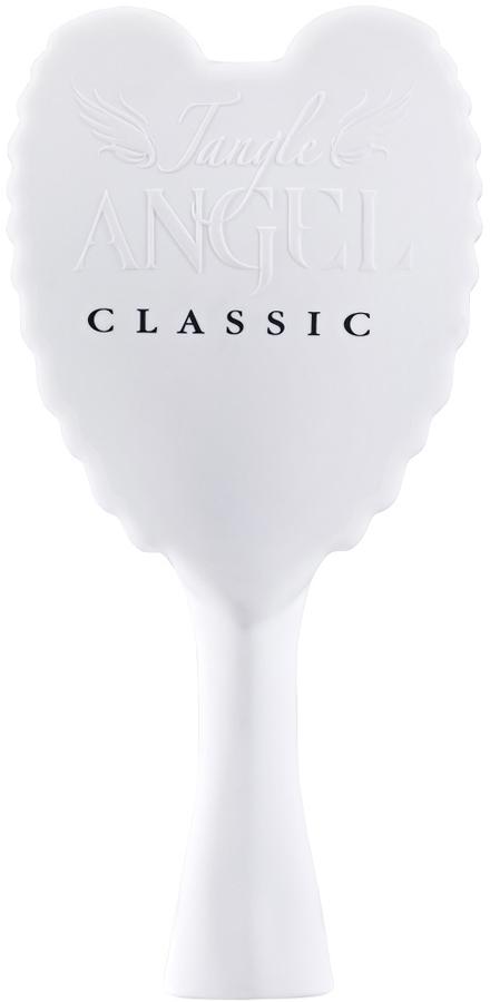 Tangle Angel Расческа для волос Classic White (Black Bristles)21029Профессиональная расческа Tangle Angel изготовлена из прочного и практичного пластика. Корпус расчески выгодно отличается крыльями ангела, которые стали отличительной чертой этого английского бренда. Ручка расчески удобно располагается в руке. Расческа Tangle Angel с легкостью справится даже с самыми запутанными локонами. Рекомендуется использовать для всех типов волос. При регулярном применении ваши волосы станут послушными, гладкими и шелковистыми. Расческа Tangle Angel имеет антибактериальное покрытие. Изготовлена из теплоустойчивого материала, можно использовать с феном. Главное отличие Tangle Angel Classic от основной расчески - это мягкий пластик корпуса, бархатный на ощупь.