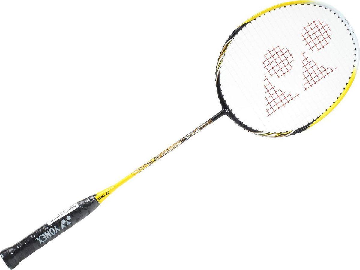 Ракетка для бадминтона Yonex Muscle Power 5, цвет: желтый, черныйMP5Ракетка Yonex Muscle Power 5 со стальным стержнем и алюминиевым ободом изометрической формы, который увеличивает площадь ударной поверхности. Прочная и удобная любительская бадминтонная ракетка высокого качества. Рекомендована для начинающих игры бадминтон. Чехол: чехол на голову.