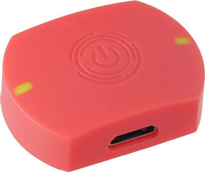 Компьютер для бадминтона Perfeo Smart One, цвет: красныйSmart OneБадминтонный компьютер-сенсор Perfeo Smart One .Все что вам необходимо сделать, это закрепить специальный сенсор на торце вашей ракетки при помощи клейкой ленты (в комплекте) или специальной силиконовой насадки, и установить специальную программу на ваш смартфон (доступно для iOS и Android). Вес сенсора всего 5 грамм!!! Это никак не помешает вам играть и не изменить вашу игру.С помощью Perfeo Smart One Вы сможете :1. Получать в режиме реального времени параметры выполнения тренировочных ударов, быстро анализировать их и эффективнее улучшать свою технику;2. Получать сводную информацию по итогам тренировки:- общее количество ударов за тренировку;- количество ударов каждого вида (компьютер различает 6 видов ударов);- активное время тренировки (время, когда ракетка была в движении);- максимальная скорость вылета волана за тренировку;- количество калорий, сгоревших за тренировку; - стиль игры;- количество атакующих и защитных ударов;- рассчитать и сравнить изменение параметров: Взрывная сила/ Выносливость/ Реактивная сила/ Антагонизм;3. При необходимости получить информацию по любому удару за тренировку (вид удара/ сила удара/ скорость вылета волана/ угол);4. Отслеживать выполнение еженедельного плана тренировок;5. Сохранить всю вашу статистику на едином Интернет-сервере и поделиться с друзьями новыми достижениями;6. Загружать на сервер результаты тренировок и фотографии с них;7. Участвовать в рейтинге бадминтонистов из разных стран и посоревноваться в активности на тренировках и прогрессе техники игры по таким параметрам, как:- максимальная скорость вылета волана;- количество ударов;- активное время;(среди пользователей аналогичных компьютеров, выкладывающих статистику на сервер)8. Просматривать 3D имитацию траекторию выполнения каждого удара.