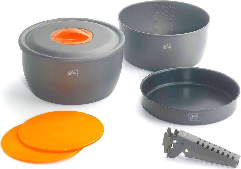 Набор для приготовления пищи Esbit, с антипригарным покрытием, 7 предметовCW2500NSНабор посуды производства немецкой компании Esbit. Идеальное сочетание функциональности и компактности. В наборе имеется все необходимое для приготовления любого блюда. Материал кастрюль - анодированный алюминий, сковорода имеет антипригарное покрытие. Набор достаточно легкий.В набор входит: кастрюля объемом 2 л с антипригарным покрытием;кастрюля объемом 2,5 л с антипригарным покрытием;сковорода с антипригарным покрытием 18,5 см;2 дощечки;держатель;крышка.Основные характеристики набора для приготовления пищи Esbit CW2500NS:Шкала объема на стенке кастрюли.Легкий набор из анодированного алюминия.Сковорода и кастрюли с многослойным антипригарным покрытием.Компактно складывается.Мешочек из сетки.Размер в сложенном состоянии: 117 х 202 мм.Вес: 760 г.Объем: 2000 мл и 2500 мл.Диаметр сковороды: 185 мм.