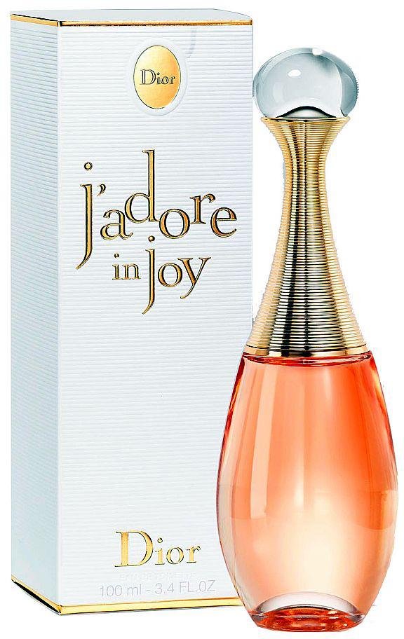 Christian Dior Jadore In Joy туалетная вода, 100 мл983224Новый потрясающий аромат для женщин J`Adore In Joy от всемирно-известного французского бренда Christian Dior. Выпущенный в 2017 году и разработанный известным парфюмером Франсуа Демаши, парфюм представляет собой удивительно современный дерзкий цветочно – фруктовый солоноватый аккорд с ароматом радости. Верхние ноты парфюма с тонким ненавязчивым запахом соляного цветка, прообразом которого послужила деликатесная соль из Гренады, кристаллы которой напоминает сказочный цветок, обладающий еще и уникальным вкусом и фиалковым запахом, перенесет вас в страстную атмосферу юга Европы. В сердце композиции роскошные ароматы иланг-иланга и жасмина самбака составляют чувственный цветочный коктейль, который вскружит голову и подарит непередаваемое ощущение счастья. Завораживающий аромат чарующей туберозы и нероли, столь свежий и прекрасный, создают эффект взрыва свежести и роскоши. Завершает композицию парфюма сладкий аккорд сочного бархатистого персика, благоухающий, как летний знойный сад. Классический флакон Christian Dior J`Adore In Joy приобрел еще больше изящества линий, усиливая впечатление французского королевского шика.
