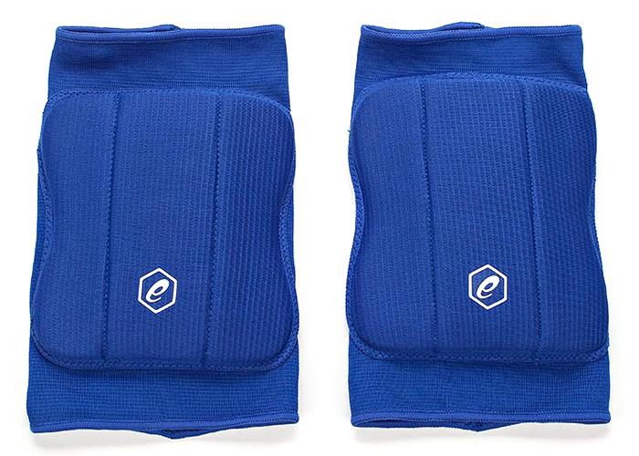 Наколенники Asics Basic Kneepad, цвет: синий. Размер L146814-0805Прочная ткань, влагорегулирующие свойства, точная посадка, легко надевать и снимать, отверстие сзади для дополнительной вентиляции