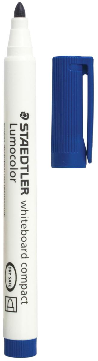 Staedtler Маркер для доски Lumocolor цвет синий 341-3151000Высококачественный маркер для белой магнитно-маркерной доски. Не высыхает с открытым колпачком в течение нескольких дней. Чернила легко стираются с доски стирателем для магнитно-маркерной доски. Даже при сильном нажатии пишущий узел остается на месте.