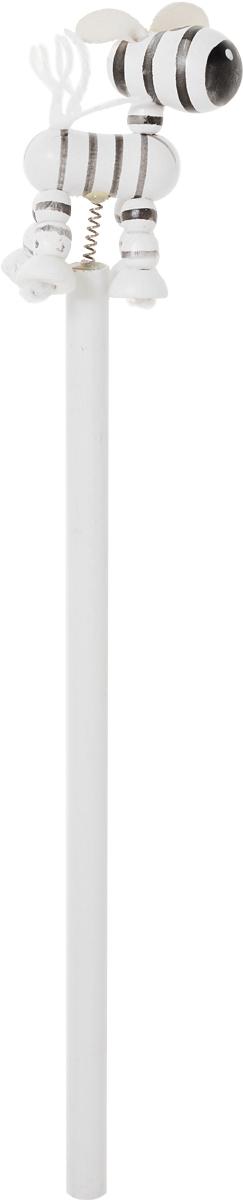 Карамба Карандаш чернографитный Зебра цвет черный белый28_черный, белыйЧернографитный карандаш Карамба Зебра будет незаменим и для деток, которые только начинают рисовать, и для школьников. Его удобный круглый корпус изготовлен из натурального дерева. Сверху на пружинке имеется оригинальная фигурка в виде зебры. Карандаш имеет очень прочный грифель самого высокого качества, который не крошится и не ломается при заточке. Такой забавный письменный аксессуар идеально лежит в руке и подарит массу удовольствия во время письма или рисования.