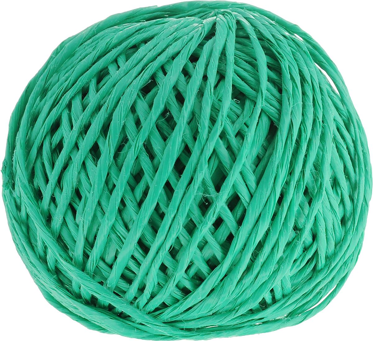Шпагат Шнурком, цвет: зеленый, длина 60 мШпп_60_зеленыйПолипропиленовый шпагат Шнурком плотностью 1000 текс входит в категорию веревочной продукции, сырьем для которой являются синтетические волокна, в частности полипропиленовая нить. Данный материал характеризуется высокой прочностью и стойкостью к износу. Кроме того, он эластичен, гибок, не боится многократных изгибов, плотно облегает изделие при обвязке и легко завязывается в крепкие узлы. Относительная удельная плотность полипропиленовых шпагатов варьируется от 0,70 до 0,91 кг/м3. Температура плавления от 150 до 170°C (в зависимости от вида и модели шпагата). Удлинение под предельной нагрузкой (18-20%).Длина шпагата: 60 м. Толщина нити: 2 мм. Линейная плотность шпагата: 1000 текс.