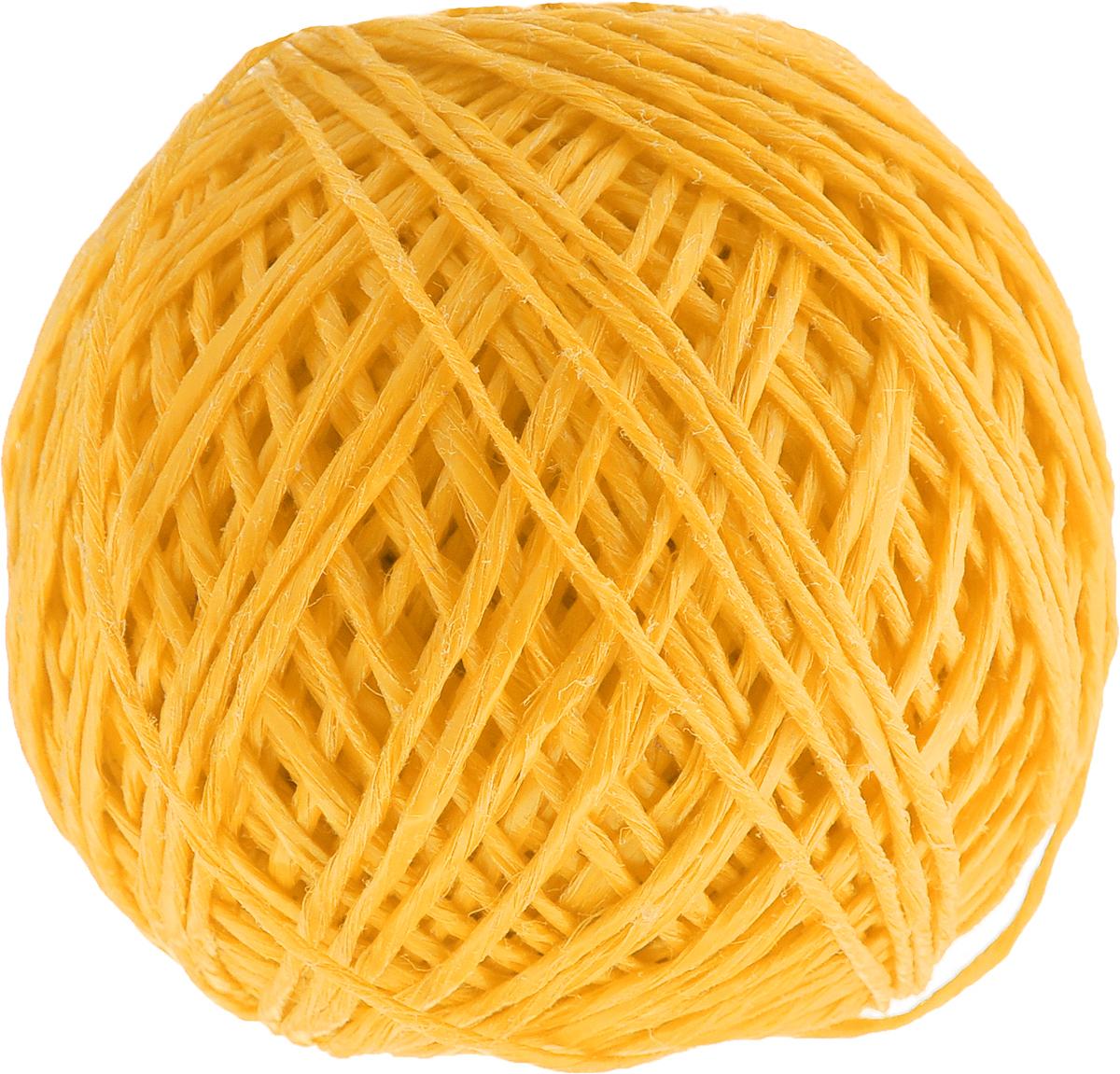 Шпагат Шнурком, цвет: желтый, длина 100 мШпп_100_желтыйПолипропиленовый шпагат Шнурком плотностью 1000 текс входит в категорию веревочной продукции, сырьем для которой являются синтетические волокна, в частности полипропиленовая нить. Данный материал характеризуется высокой прочностью и стойкостью к износу. Кроме того, он эластичен, гибок, не боится многократных изгибов, плотно облегает изделие при обвязке и легко завязывается в крепкие узлы. Относительная удельная плотность полипропиленовых шпагатов варьируется от 0,70 до 0,91 кг/м3. Температура плавления от 150 до 170°C (в зависимости от вида и модели шпагата). Удлинение под предельной нагрузкой (18-20%).Длина шпагата: 100 м. Толщина нити: 2 мм. Линейная плотность шпагата: 1000 текс.