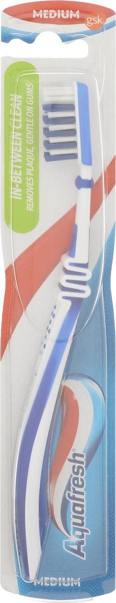 Aquafresh Зубная щетка In-Between Clean, средней жесткости, цвет синий20021700_синийЗубная щетка Aquafresh In-Between Clean для тщательной чистки имеет: щетинки разной длины, которые помогают эффективно удалить налет между зубами; уникальное гибкое соединение головки и ручки щетки, которое позволяет контролировать степень надавливания щетки на зубы и бережно удалять зубной налет; закругленную форму щетинок, которая не повреждает эмаль зубов и десны; эргономичную ручку.Товар сертифицирован.