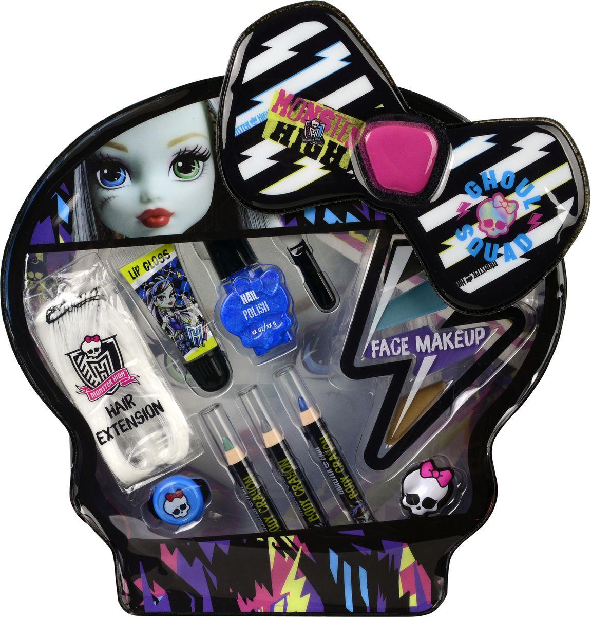 Markwins Игровой набор детской декоративной косметики Monster High Frankie 97061519706151Состав набора: цветная прядь искусственных волос 1 шт., блеск для губ в тубе 1 шт., лак для ногтей на водной основе 1 шт., косметические карандаши 3 шт., палитра кремовых теней для век из 4 оттенков, аппликатор 1 шт., резинка для волос 1 шт., заколочка для волос 1 шт.