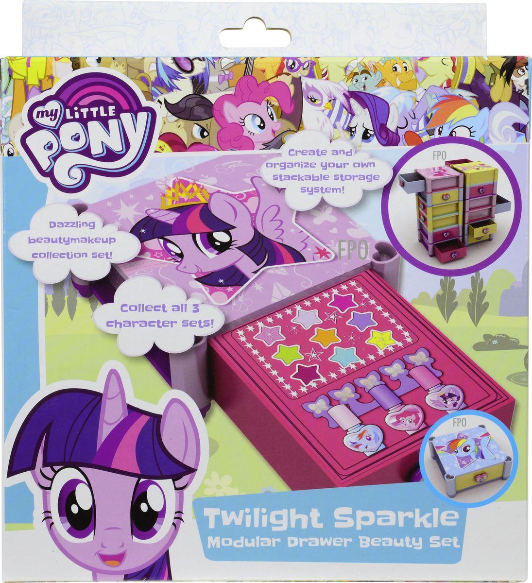 Markwins Игровой набор детской декоративной косметики My Little Pony 97113519711351Состав набора: палитра блесков для губ из 9 оттенков, лаки для ногтей на водной основе 3 шт., разделитель для пальцев 1 шт.