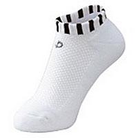Носки Phiten Aquatitan Sport X10, короткие, цвет: белый, черный. АК01. Размер 22-24AK01Носки Phiten Aquatitan Sport X10 способствуют снятию усталости и напряжения ног, стоп. Пропитаны акватитаном с фактором X10.
