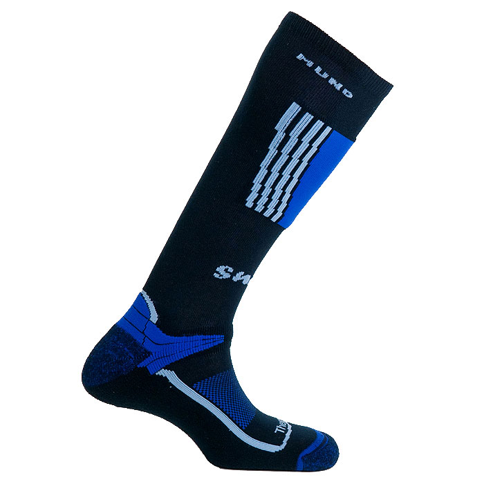 Термоноски Mund Snowboard, цвет: синий. 315. Размер L (41-45)315Термоноски Mund Snowboard - это мягкие носки специальной конструкции, которая идеально подходит для катания на сноуборде, сохраняют тепло при температуре до -20°C. Использование специальных спиралевидных и полых внутри волокон Thermolite обеспечивает комфорт сухого тепла, а так же отведение влаги с поверхности ступни. Носки сохраняют свои согревающие свойства даже во влажном состоянии. Носки содержат минимальное количество Lycra для оптимального облегания ноги и полиамид для повышения износостойкости.