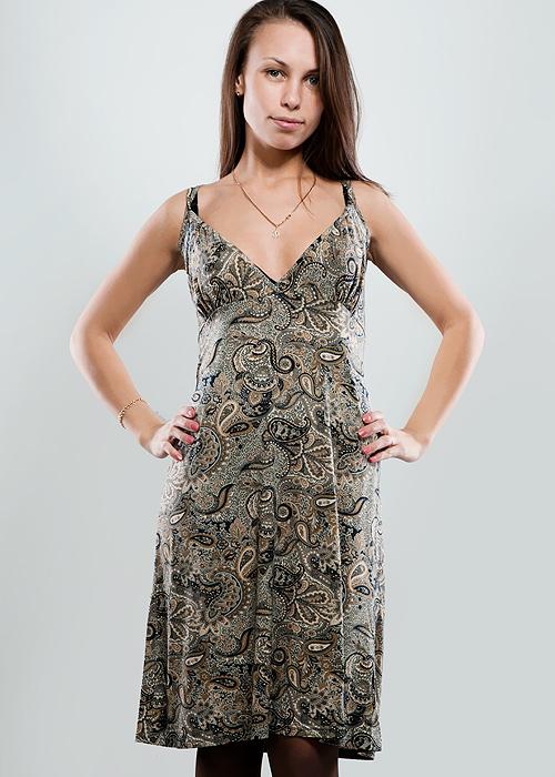 Платье Hammond, цвет: бежевый. 1-12-5-36. Размер 441-12-5-36Стильное платье свободного кроя, изготовленное из высококачественного материала, очень мягкое на ощупь, не раздражает даже самую нежную и чувствительную кожу и хорошо вентилируется. Модель с глубоким V-образным вырезом на тонких двойных лямках.В таком наряде вы безусловно привлечете восхищенные взгляды окружающих.