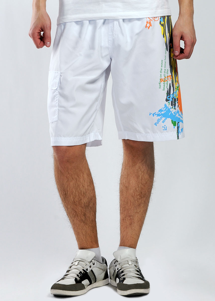 Шорты мужские Ultra, цвет: белый. 211461. Размер XXXL (40)211461Мужские шорты Ultra прямого покроя, изготовленные из высококачественного материала, не сковывают движения, обеспечивая наибольший комфорт. Спереди модель оформлена накладным глубоким карманом на липучках. Шорты на резинке, регулируются на талии с помощью завязок. Эти оригинальные и модные шорты послужат отличным дополнением к вашему гардеробу в летнее время года. В них вы всегда будете в центре внимания!