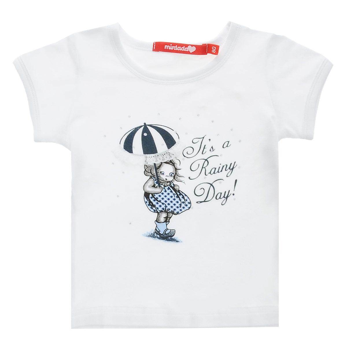 Футболка для девочки Mirdada Rainy, цвет: белый. 10-31. Размер 9810-31Оригинальная футболка для девочки Mirdada Rainy идеально подойдет вашей маленькой принцессе. Изготовленная из эластичного хлопка, она необычайно мягкая и приятная на ощупь, не сковывает движения малышки и позволяет коже дышать, не раздражает даже самую нежную и чувствительную кожу ребенка, обеспечивая ему наибольший комфорт. Футболка с короткими рукавами и круглым вырезом горловины спереди оформлена оригинальным рисунком девочки с зонтиком, декорированным россыпью страз, и надписью Its a Rainy Day!.Оригинальный современный дизайн и модная расцветка делают эту футболку модным и стильным предметом детского гардероба. В ней ваша малышка будет чувствовать себя уютно и комфортно, и всегда будет в центре внимания!