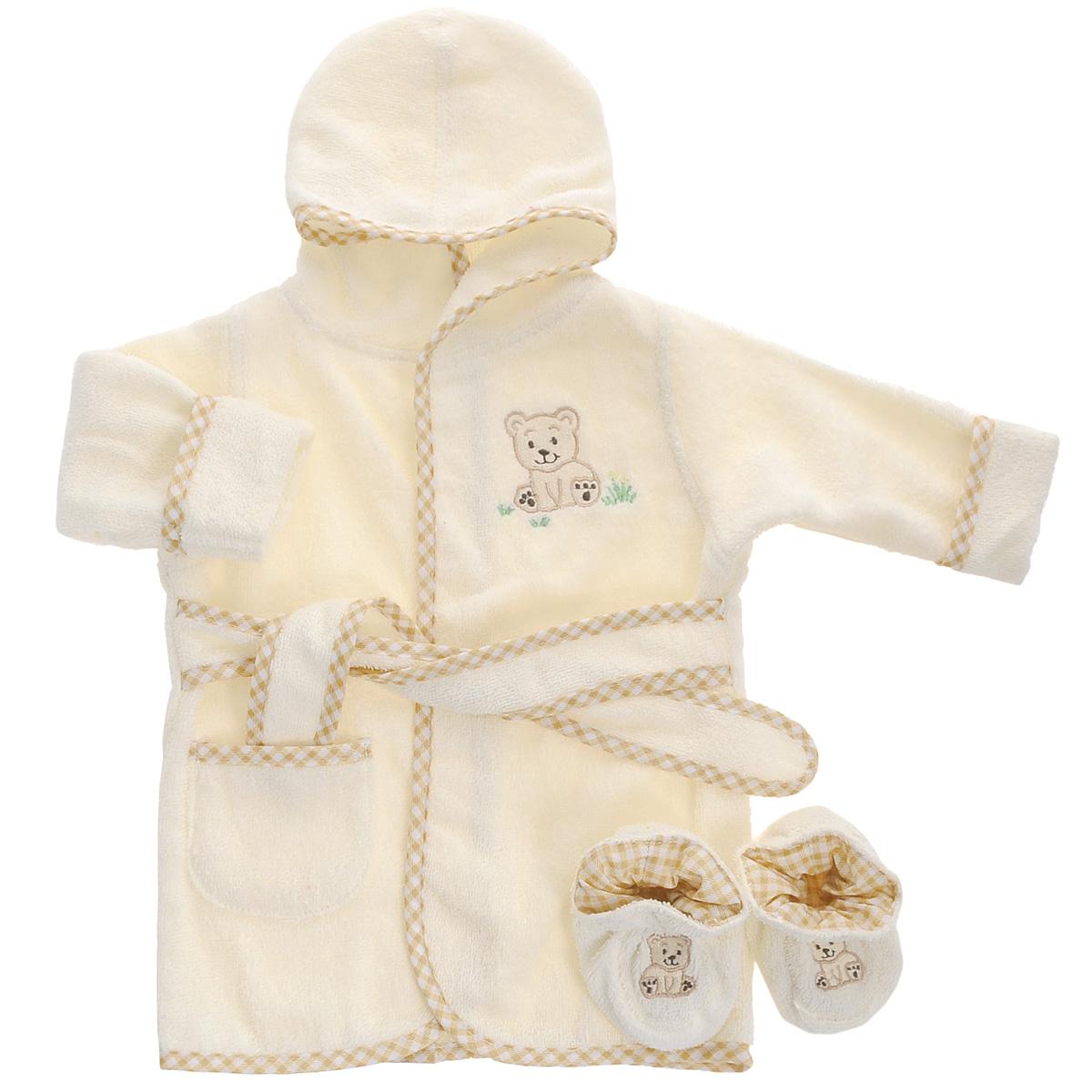 Комплект для новорожденного Spasilk Мишка: халат, пинетки, цвет: бежевый. BR W001. Размер 0/9месBR W001Прекрасный комплект для новорожденного Мишка из коллекции Spasilk состоит из банного халатика с капюшоном и пинеток. Махровая поверхность хорошо впитывает влагу, защищая малыша от переохлаждения.Халатик и пинетки оформлены веселыми вышивками с изображением мишек. Халат на талии дополнен широким пояском, а с боку имеется небольшой накладной кармашек. В таком комплекте вашему малышу будет тепло и уютно после купания.