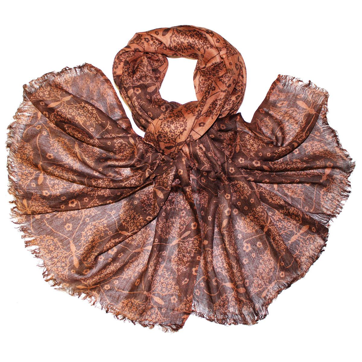 Шарф женский Ethnica, цвет: коричневый, 70 см х 180 см. 336085н336085нСтильный шарф из вискозы станет изысканным, нарядным аксессуаром, который призван подчеркнуть индивидуальность и очарование женщины. Шарф оформлен орнаментом в виде бабочек, края декорированы бахромой.Этот модный аксессуар женского гардероба гармонично дополнит образ современной женщины, следящей за своим имиджем и стремящейся всегда оставаться стильной и элегантной. В таком шарфе вы всегда будете выглядеть женственной и привлекательной.