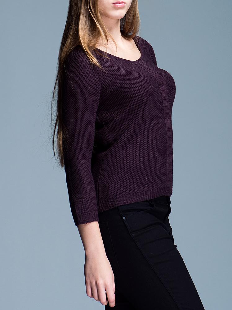 Пуловер женский ICHI, цвет: фиолетовый. 322410-5850. Размер S (42/44)322410-5850Стильный женский пуловер Ichi не сковывает движения, обеспечивая наибольший комфорт. Модель прямого кроя с круглым вырезом горловины и рукавами-реглан длины 3/4 застегивается спереди на кнопки по всей длине изделия. Этот модный вязаный пуловер послужит отличным дополнением к вашему гардеробу, он станет главной составляющей вашего стиля. В нем вы всегда будете чувствовать себя уютно и комфортно.