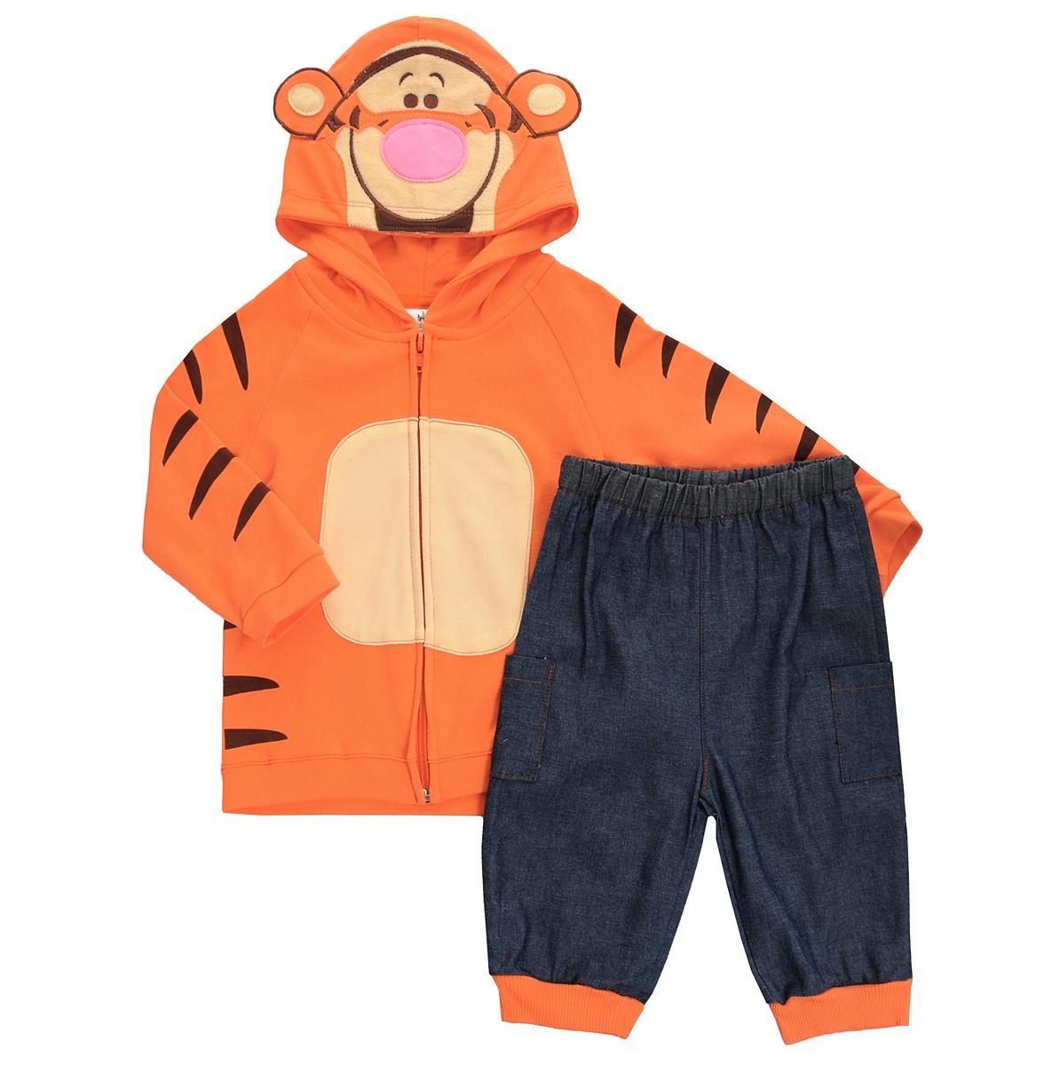 Комплект для мальчика Disney Baby Тигр: толстовка, штанишки, цвет: оранжевый, серо-синий. WPH620-056. Возраст 18 месяцевWPH620-056Комплект для мальчика Disney Baby Тигр, состоящий из толстовки и штанишек, идеально подойдет вашему малышу. Изготовленный из натурального хлопка, он необычайно мягкий и приятный на ощупь, не сковывает движения малыша и позволяет коже дышать, не раздражает даже самую нежную и чувствительную кожу ребенка, обеспечивая ему наибольший комфорт. Толстовка с капюшоном и длинными рукавами-реглан застегивается на пластиковую застежку-молнию. Рукава с широкими эластичными манжетами не стягивают запястья, а широкая мягкая резинка понизу предотвращает проникновение холодного воздуха. Спереди толстовка дополнена контрастными текстильными вставками, а капюшон оформлен аппликацией в виде мордочки Тигра - персонажа мультфильма Винни-Пух и его друзья и украшен декоративными ушками. Штанишки прямого покроя на талии имеют мягкую эластичную резинку, благодаря чему они не сдавливают животик малыша и не сползают. Низ брючин дополнен широкими эластичными манжетами. По бокам изделие дополнено двумя накладными кармашками. Оригинальный дизайн и яркая расцветка делают этот комплект незаменимым предметом детского гардероба. В нем ваш ребенок всегда будет в центре внимания!