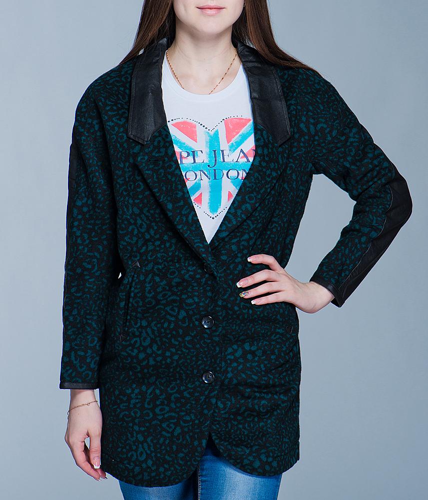 Пальто женское Diesel, цвет: черный, зеленый. I305D29V.55E32. Размер M (44)I305D29V.55E32Стильное женское пальто Diesel выполнено из высококачественного материала, рассчитано на прохладную погоду. Оно поможет вам почувствовать себя максимально комфортно и стильно. Модель свободного кроя с длинными рукавами застегивается на три пуговицы. Пальто дополнено двумя втачными карманами. В этом пальто вам будет комфортно. Модная фактура ткани, отличное качество, великолепный дизайн.