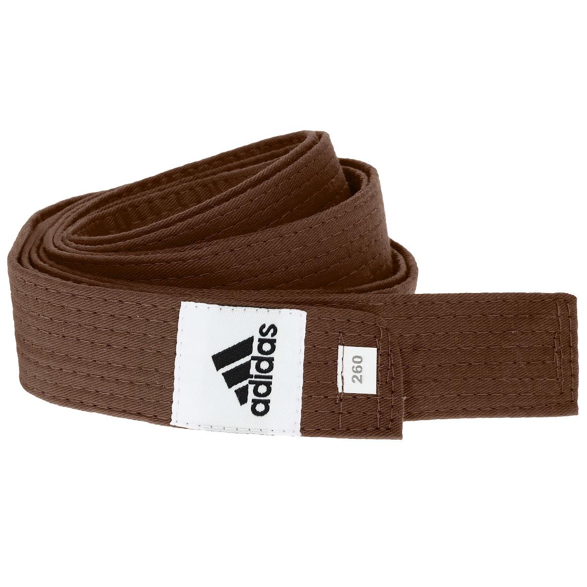 Пояс для единоборств adidas Club, цвет: коричневый. adiB220. Длина 260 смadiB220Пояс для единоборств adidas Club - универсальный пояс для кимоно. Пояс выполнен из плотного хлопкового материала с прострочкой.Такой пояс - необходимый аксессуар для тех, кто занимается боевыми искусствами.