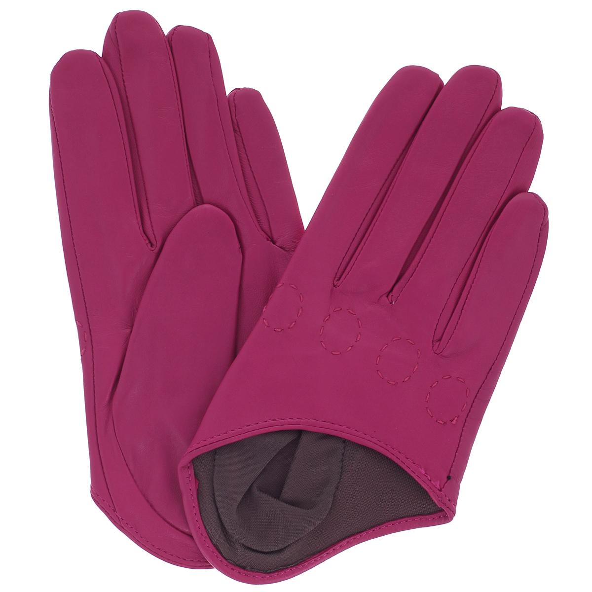 Перчатки женские Michel Katana, цвет: фуксия. K81-IF1. Размер 7,5K81-IF1/FUCHСтильные перчатки Michel Katana с шелковой подкладкой выполнены из мягкой и приятной на ощупь натуральной кожи ягненка. Перчатки станут достойным элементом вашего стиля и сохранят тепло ваших рук. Это не просто модный аксессуар, но и уникальный авторский стиль, наполненный духом севера Франции.