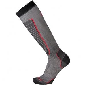 Носки горнолыжные MICO, цвет: черный, красный. 230_193. Размер L (41-43)230_193- Носок очень мягкий.- Идеально подходит для горнолыжных ботинок с термо-формовкой. - Дополнительная защита голени. - Мягкая резинка по верху носка не сжимает ногу и не дает ощущения сдавливания даже при длительном использовании. - Специальное плетение в области стопы фиксирует ногу при занятиях спортом и ходьбе и не дает скользить стопе вперед. Итальянская компания MICO один из ведущих производителей носков и термобелья на Европейском рынке для занятий различными видами спорта. Носки предназначены для для занятий различными видами спорта, в том числе для носки в городе в очень холодную погоду.