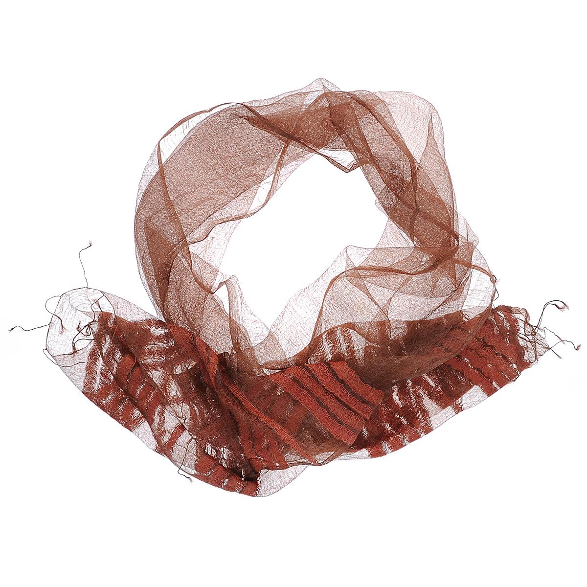 Шарф женский Ethnica, цвет: коричневый. 761125. Размер 60 см х 180 см761125Восхитительный газовый шарф Ethnica выполнен из шелка. Ткань прекрасно драпируется и дарит чувство комфорта. Эта модель, оформленная полоскамии тонкими кисточками по краям, добавит индивидуальности вашему образу. Если вы любите фантазировать и не страшитесь экспериментов с собственным имиджем - попробуйте превратить шарф в головную повязку или легкий аксессуар для дамской сумочки.Правильно подобранный шарф делает образ женщины завершенным! Такой аксессуар достойно дополнит ваш гардероб.