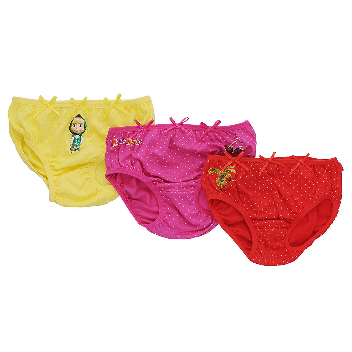 Комплект трусов для девочки Lowry Маша и Медведь, цвет: желтый, красный, фуксия, 3 шт. GP-260. Размер 32 (L), 7 летGP-260Комплект для девочки Lowry Маша и Медведь состоит из трех трусиков-слипов, оформленных оригинальным мелким гороховым принтом и небольшими аппликациями с изображением вишенок, клубнички и Машеньки - главной героини мультфильма Маша и Медведь, а также аппликацией в виде надписи Маша и Медведь. Украшены трусики тремя цветными атласными бантиками.Очень удобные трусы изготовлены из натурального хлопка, они необычайно мягкие и приятные на ощупь, не раздражают нежную кожу ребенка и хорошо вентилируются, а эластичные швы приятны телу малышки и не препятствуют ее движениям. Трусы имеют мягкую эластичную резинку на талии, не сдавливающую животик ребенка. Пройма для ножек также дополнена трикотажными эластичными резинками. Трусы идеально подойдут вашей малышке, а современные принты и мягкие полотна позволят ей комфортно чувствовать себя в течение дня!