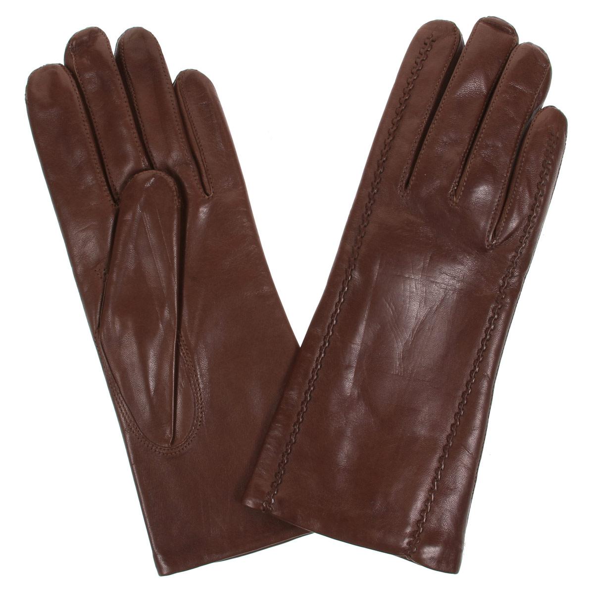 Перчатки женские Bartoc, цвет: коричневый. DF12-247.chestnut. Размер 6,5DF12-247.chestnutСтильные женские перчатки Bartoc не только защитят ваши руки от холода, но и станут великолепным украшением. Они выполнены из мягкой и приятной на ощупь натуральной кожи ягненка, подкладка - из шерсти. Декорирована модель на лицевой стороне оригинальной рельефной отстрочкой.Перчатки являются неотъемлемой принадлежностью одежды, вместе с этим аксессуаром вы обретаете женственность и элегантность. Они станут завершающим и подчеркивающим элементом вашего неповторимого стиля и индивидуальности.