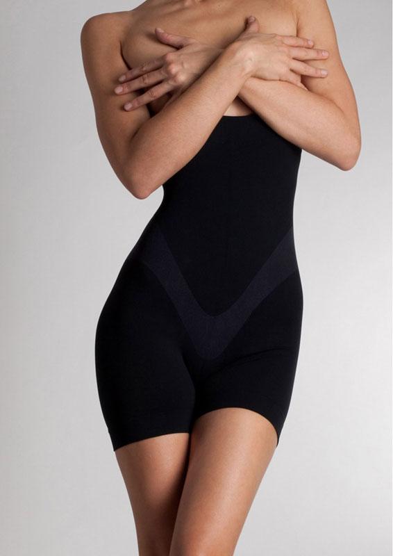 Lytess Утягивающее корректирующее белье для похудения Sculpt&Slim, шорты с завышенной талией22126Специальные утягивающие шорты для похудения с завышенной талией Lytess Sculpt&Slim сделают процесс похудения максимально приятным и простым. Они мгновенно придают фигуре соблазнительные контуры, уменьшая объемы тела на один размер. Кроме того, благодаря специальной технологии, шорты для похудения способствуют непрерывной коррекции фигуры.Секрет модели кроется в нанотекстиле - инновации компании Lytess, он сочетает в себе уникальное действие ткани и специальную косметическую формулу для активного похудения.Шорты очень удобны и комфортны в носке, они мягко облегают тело и совершенно незаметны под одеждой. Модель прекрасно тянется.Швы плоские, эластичная резинка на талии не стесняет движений.