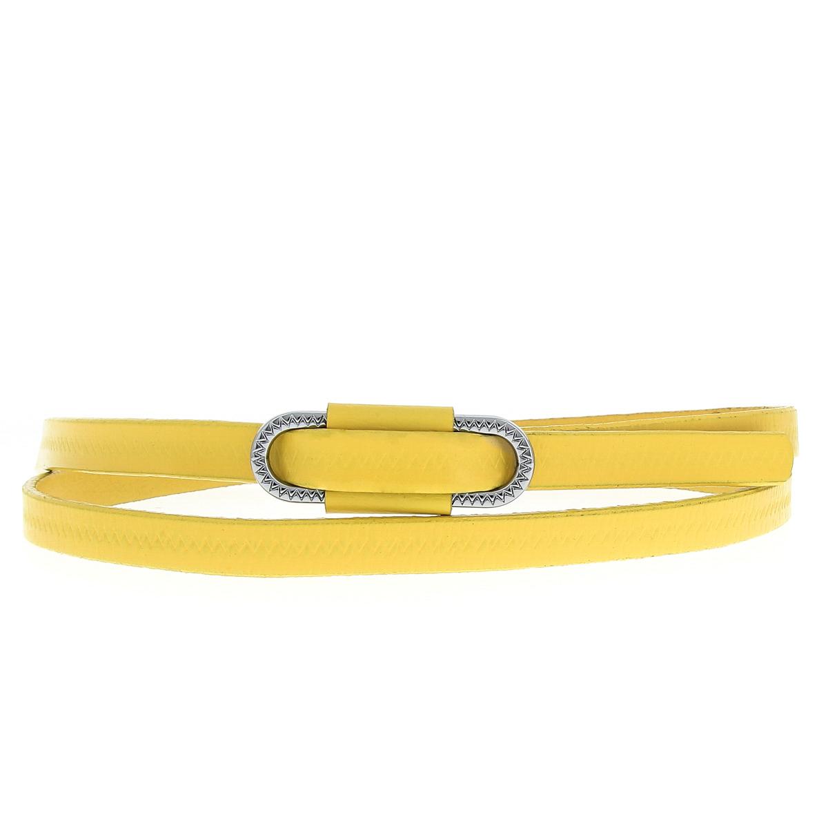 Ремень женский Dispacci, цвет: желтый. 15008. Размер 9515008Стильный и модный ремень Dispacci станет великолепным дополнением к любому образу. Узкий ремень изготовлен из натуральной кожи, пряжка выполнена из стали. Ремень декорирован зигзагообразной строчкой по всей длине. Оригинальная овальная пряжка украсит ваш наряд и позволит легко и быстро отрегулировать длину ремня. Такой изящный ремень шикарно дополнит образ и не перегрузит его лишними деталями, а также позволит вам подчеркнуть свой вкус и индивидуальность.Уважаемые клиенты! Обращаем ваше внимание на тот факт, что размер ремня, доступный для заказа, является его длиной.