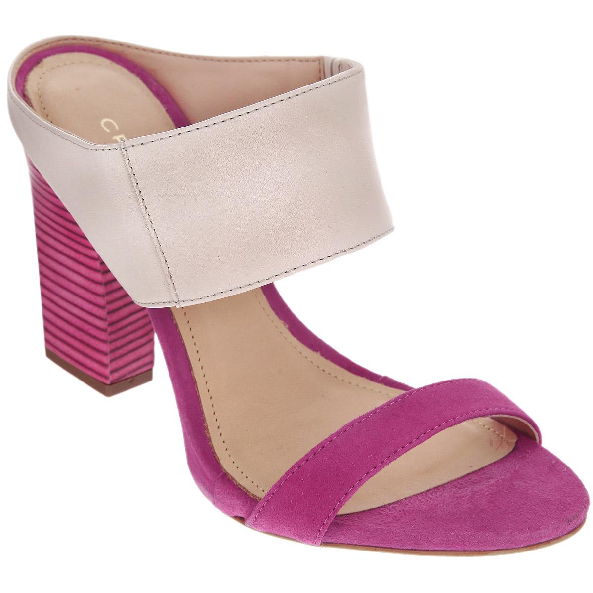 Сабо женские Cristofoli, цвет: бежевый, фуксия. 152194. Размер BRA 35 (36)152194Стильные сабо от Cristofoli - незаменимая вещь в гардеробе каждой женщины.Модель выполнена из высококачественной натуральной кожи. Сбоку фиксирующий ремешок дополнен резинкой, обеспечивающей идеальную посадку обуви на ноге. Мягкая стелька из натуральной кожи обеспечивает комфорт при ходьбе. Ультравысокий каблук компенсирован платформой. Подошва - с противоскользящим рифлением.Изысканные сабо прекрасно дополнят ваш женственный образ.