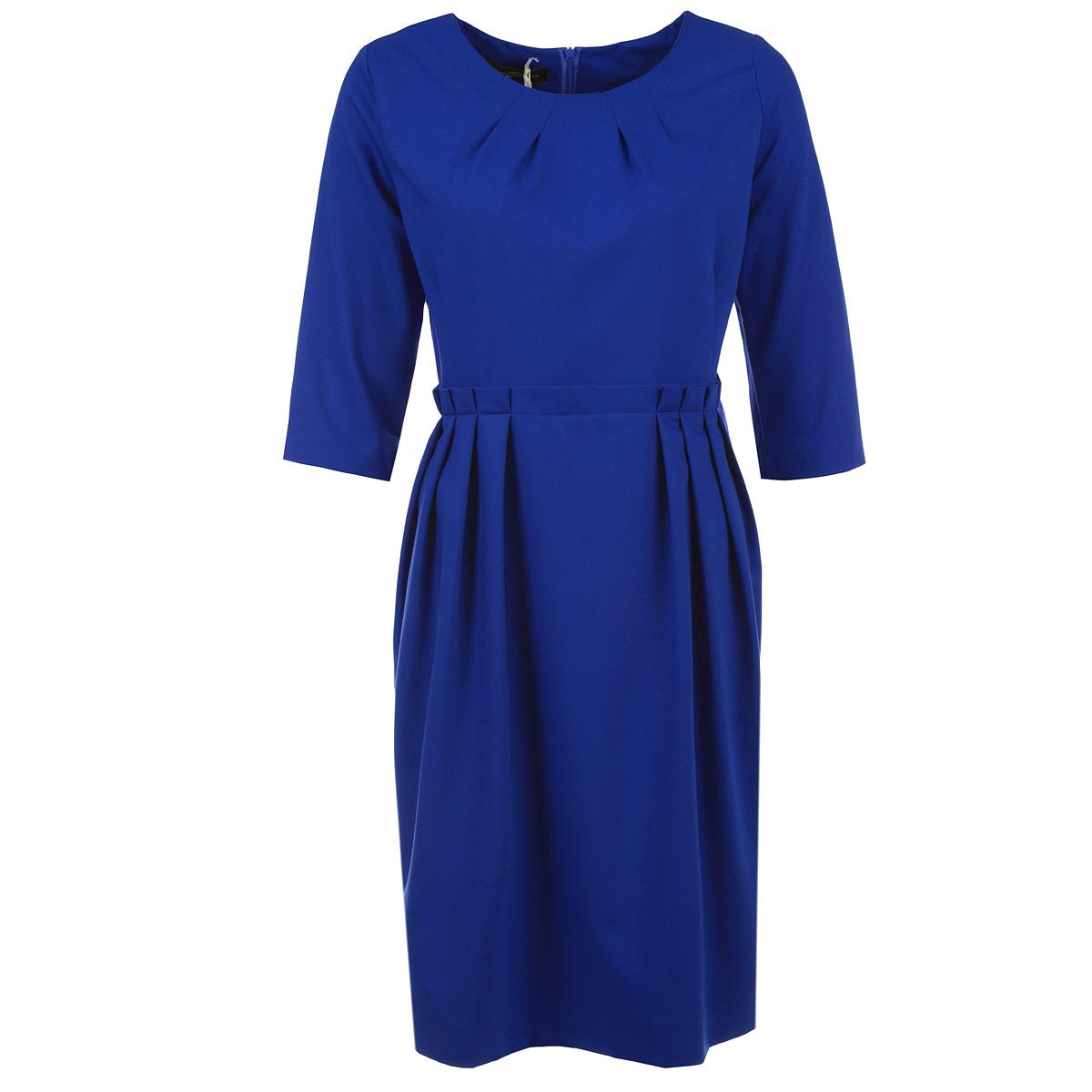 Платье Milana Style, цвет: синий. 1020М. Размер 461020MЭлегантное платье Milana Style изготовлено из высококачественного плотного материала. Такое платье обеспечит вам комфорт и удобство при носке. Платье с рукавами до локтя и с круглым вырезом горловины понравится любой ценительнице классического стиля. Платье имеет пришивную расклешенную юбку средней длины. Застегивается изделие на потайную молнию на спинке.На талии модель оформлена декоративными складками. Сзади на юбке предусмотрен разрез. Приталенный силуэт великолепно подчеркнет достоинства фигуры. Изысканный наряд создаст обворожительный неповторимый образ. Это модное и удобное платье станет превосходным дополнением к вашему гардеробу, оно подарит вам удобство и поможет вам подчеркнуть свой вкус и неповторимый стиль.