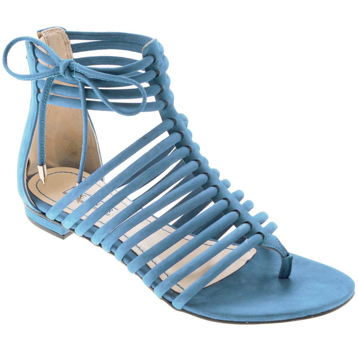 Сандалии женские Werner, цвет: голубой. 0-53034. Размер 39 (40)0-53034Стильные сандалии от Werner займут достойное место среди вашей коллекции летней обуви. Модель выполнена из натурального нубука. Стелька из натуральной кожи обеспечивает комфорт при ходьбе.Эргономичная перемычка между пальцами и тонкие ремешки на подъеме и вокруг щиколотки отвечают за надежную фиксацию модели на ноге. Закрытая пятка дополнена удобной застежкой-молнией. Декорировано изделие бантиком из нубука с металлическими наконечниками Подошва выполнена из прочного полимера с противоскользящим рифлением.Модные сандалии прекрасно дополнят любой из ваших образов.