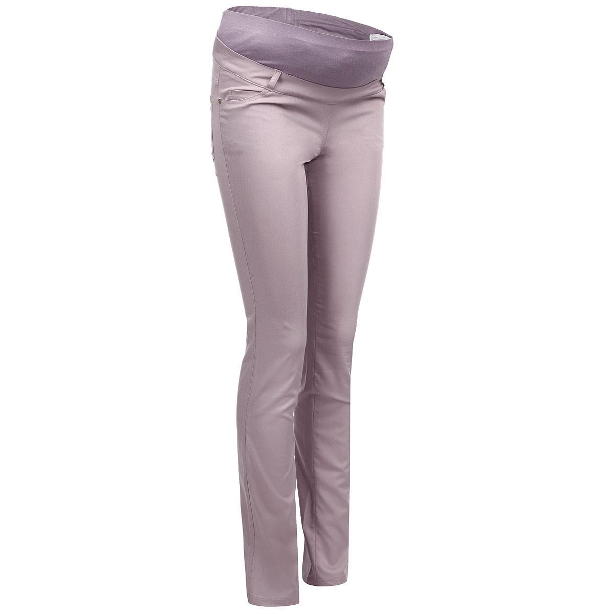 Брюки для беременных Nuova Vita, цвет: пыльно-розовый. 5422.5. Размер 505422.5Стильные брюки для беременных Nuova Vita выполнены из тонкого эластичного материала. Ткань приятная на ощупь, не вызывает раздражений и надежно сохраняет тепло. Модель прямого кроя с удобным бандажом на живот и регулируемой резинкой, позволяющей носить эти брюки вплоть до 9 месяца беременности. Спереди брюки дополнены двумя втачными карманами, сзади - двумя накладными карманами. На поясе предусмотрены шлевки для ремня. Такие брюки подарят вам комфорт и свободу движений и займут достойное место в гардеробе молодой мамы.