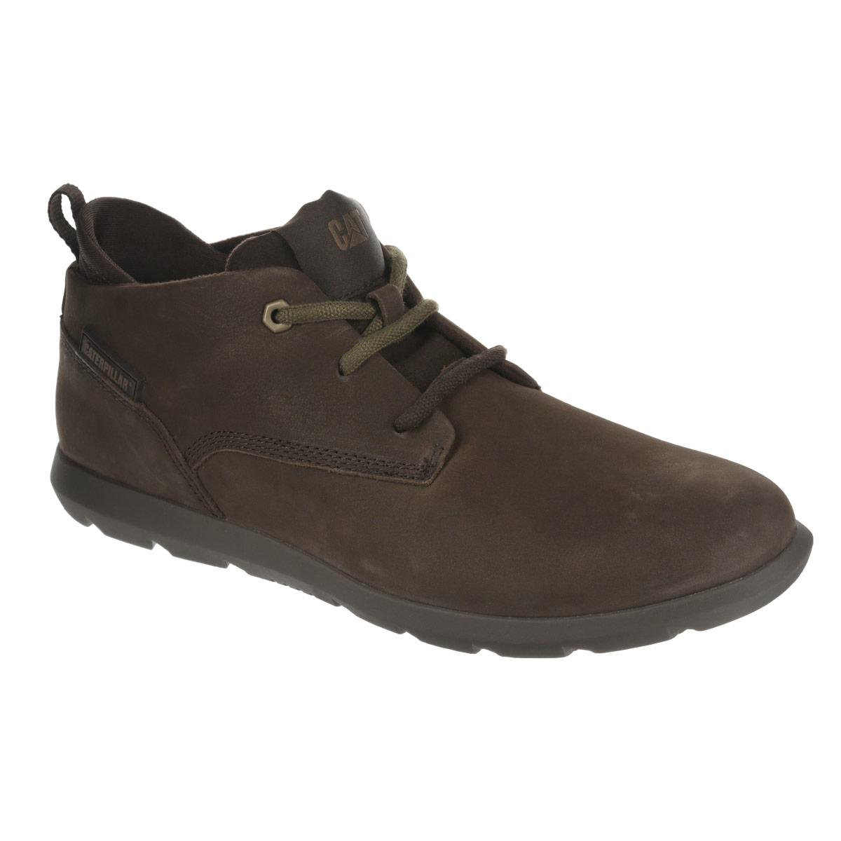 Ботинки мужcкие Caterpillar Roamer Mid Fleece, цвет: темно-коричневый. P719216. Размер 8 (41)P719216Стильные мужские ботинки Roamer Mid Fleece от Caterpillar отличный вариант на каждый день. Модель выполнена из натуральной кожи и оформлена декоративной прострочкой, сбоку - прорезиненной вставкой с названием бренда, на язычке - текстильной нашивкой с логотипом бренда. Шнуровка надежно фиксирует модель на ноге. Ярлычок на заднике облегчает надевание обуви на ногу. Подкладка изготовлена из мягкого материала, позволяющего сохранить ноги в тепле. Съемная стелька EVA с текстильной поверхностью обеспечивает комфорт и амортизацию. Резиновая подошва с протектором гарантирует отличное сцепление с поверхностью. В таких ботинках вашим ногам будет комфортно и уютно. Они подчеркнут ваш стиль и индивидуальность.