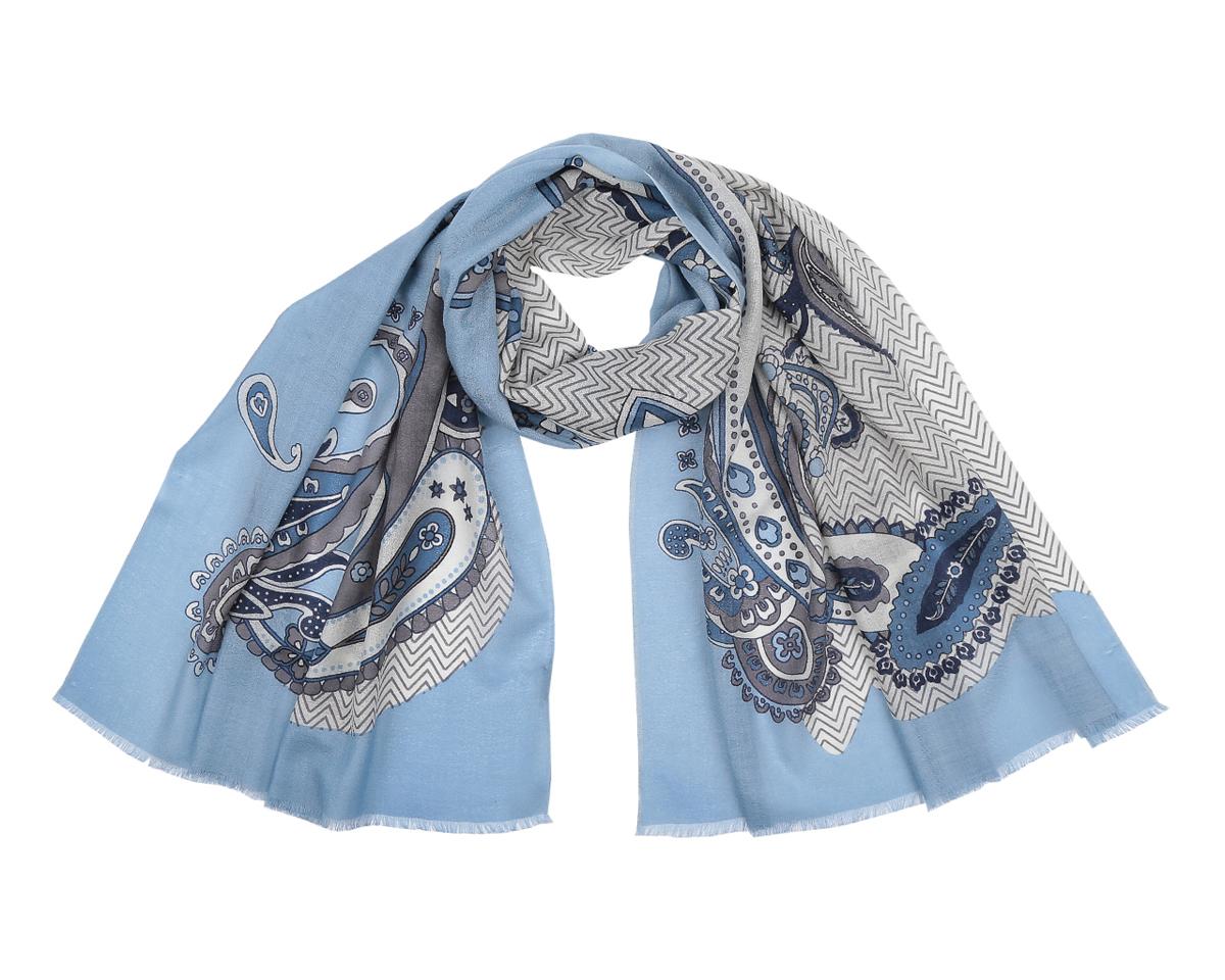 Шарф женский Fabretti, цвет: голубой, синий, серый. YNNT0407-29. Размер 188 см х 86 смYNNT0407-29Потрясающий женский шарф Fabretti выполнен из шерсти и украшен актуальным этническим узором. Края модели оформлены коротенькой бахромой.Великолепный женский шарф Fabretti незаменимая деталь гардероба, окружающие обязательно будут обращать свое восторженное внимание на вас.