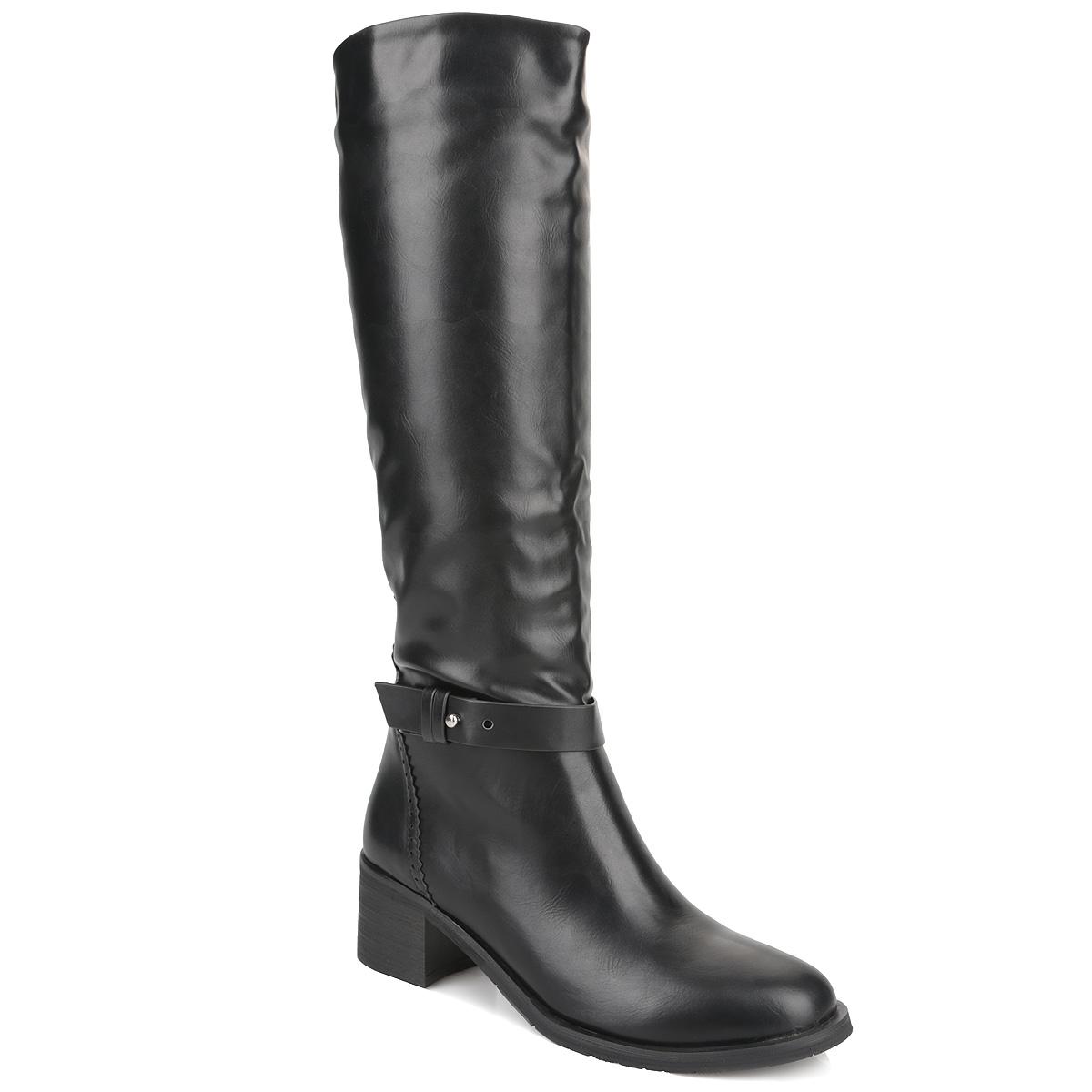 Cапоги женские Yaro, цвет: черный. Y42-AX-03 A. Размер 37Y42-AX-03 AСтильные сапоги от Yaro займут достойное место среди вашей коллекции обуви. Модель выполнена из искусственной кожи и оформлена перфорацией и резной окантовкой на задней поверхности. Подъем изделия украшен поперечным ремешком. Сапоги застегиваются на удобную боковую застежку-молнию. Резинки, расположенные на голенище, отвечают за оптимальную посадку модели на вашей ноге. Мягкая подкладка и стелька из байки сохраняют тепло, обеспечивая максимальный комфорт при движении. Умеренной высоты каблук устойчив. Каблук и подошва дополнены противоскользящим рифлением. Удобные сапоги - незаменимая вещь в гардеробе каждой женщины.