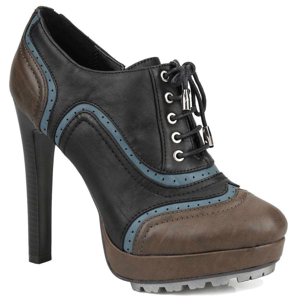 Ботильоны Yaro, цвет: черный, хаки, синий. YA3-066-01 Z. Размер 36YA3-066-01 ZИзумительные ботильоны от Yaro подчеркнут вашу женственную натуру! Модель выполнена из искусственной кожи и оформлена перфорацией. Прочная шнуровка надежно зафиксирует модель на вашей ноге. Ботильоны застегиваются на застежку-молнию, расположенную на одной из боковых сторон. Подкладка и стелька из искусственной кожи обеспечивают комфорт при ходьбе. Экстремально высокий каблук, стилизованный под дерево, компенсирован мощной платформой. Рифленая поверхность каблука и подошвы защищает изделие от скольжения.Трендовые ботильоны не оставят равнодушной настоящую модницу!