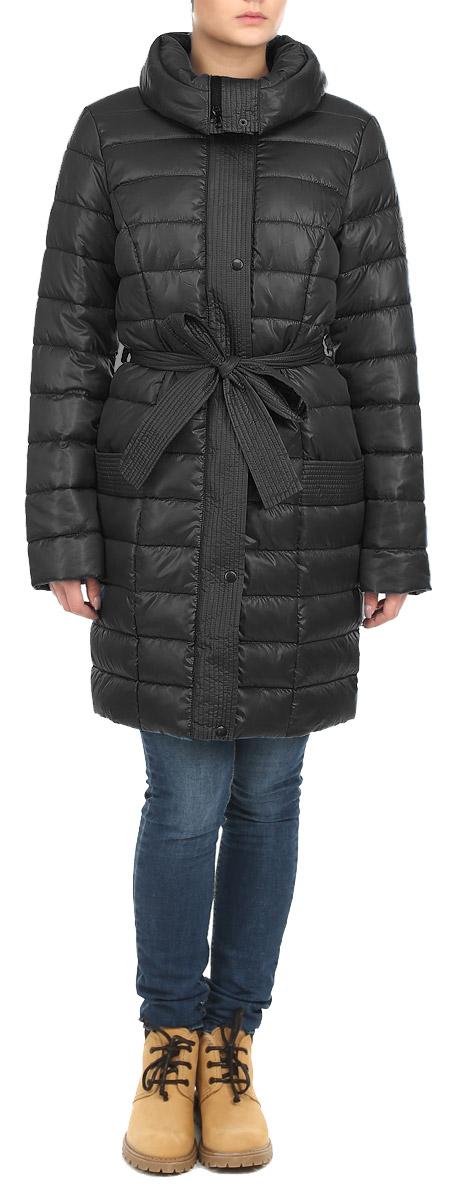 Куртка женская Grishko, цвет: черный. AL-2642. Размер 46AL-2642Стильная женская куртка Grishko отлично подойдет для прохладной погоды. Модель приталенного силуэта с воротником-стойкой застегивается на застежку-молнию и дополнительно планкой на металлические кнопки. Куртка оформлена эффектной стежкой, создающей стройный и дополнена съемным поясом. Модель дополнена двумя врезными карманами. С изнаночной стороны имеется прорезной карман на застежке-молнии. Утеплитель выполнен из холлофайбера, который отличается повышенной теплоизоляцией, антибактериальными свойствами, долговечностью в использовании, и необычайно легок в носке и уходе. Изделия легко стираются в машинке, не теряя первоначального внешнего вида. Эта модная куртка послужит отличным дополнением к вашему гардеробу.