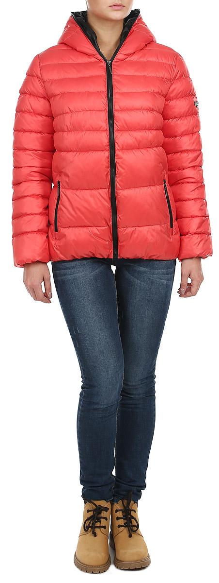 Куртка женская Grishko, цвет: коралловый. AL-2630. Размер 42AL-2630Стильная женская куртка Grishko отлично подойдет для прохладной погоды. Утепленная молодежная куртка с удобным капюшоном застегивается на застежку-молнию. Куртка, оформленная эффектной стежкой, дополнена двумя прорезными карманами на молнии. Манжеты рукавов изделия стянуты резинкой, что препятствует проникновению холодного воздуха. Утеплитель выполнен из холлофайбера, который отличается повышенной теплоизоляцией, антибактериальными свойствами, долговечностью в использовании, и необычайно легок в носке и уходе. Изделия легко стираются в машинке, не теряя первоначального внешнего вида. Эта модная куртка послужит отличным дополнением к вашему гардеробу.