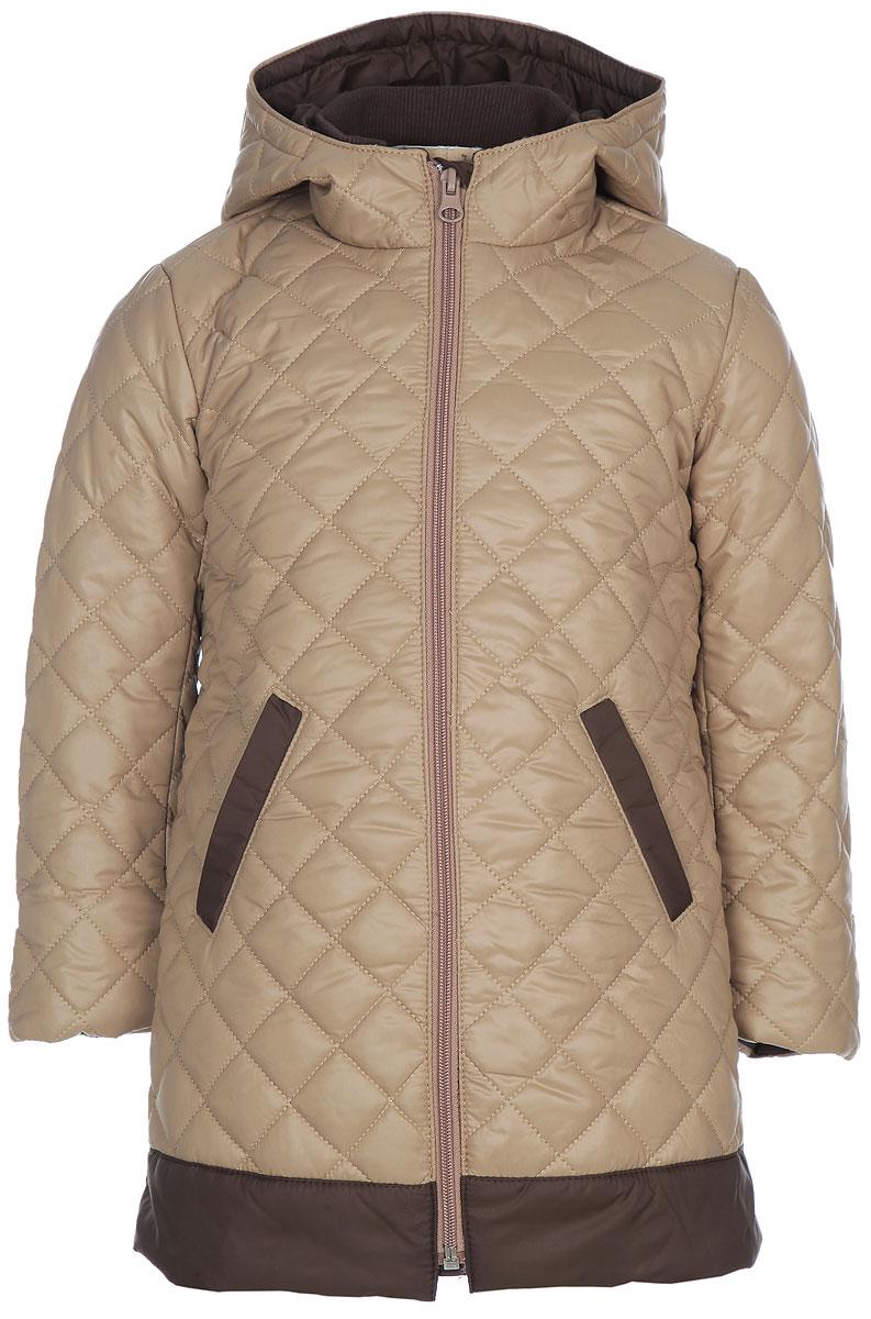 Куртка для девочки Ёмаё, цвет: карамельный, темно-коричневый. 39-104. Размер 26 (92)39-104Утепленная куртка для девочки Ёмаё идеально подойдет для вашей маленькой модницы в прохладное время года. Модель изготовлена из 100% полиэстера на комбинированной подкладке из вискозы и полиэстера. В качестве наполнителя используются синтепон (100% полиэстер). Стеганая куртка с капюшоном и воротником-стойкой застегивается на пластиковую застежку-молнию и дополнительно имеет внутреннюю ветрозащитную планку. Капюшон не отстегивается. Низ рукавов дополнен скрытыми трикотажными манжетами, которые мягко обхватывают запястья. Спереди предусмотрены два прорезных кармана со скошенными краями. Теплая, комфортная и практичная куртка идеально подойдет для прогулок и игр на свежем воздухе!