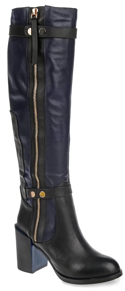 Сапоги женские Dino Ricci, цвет: черный, темно-синий. 210-193-06 (T). Размер 38210-193-06 (T)Модные женские сапоги от Dino Ricci займут достойное место в вашем гардеробе. Модель выполнена из натуральной кожи, декорированной фактурными швами по верху и вставками из кожи контрастного цвета. Подкладка и стелька - из мягкого ворсина, защитят ноги от холода и обеспечат комфорт. Верхняя и нижняя часть голенища украшена декоративными ремнями со стильной фурнитурой. Сбоку изделие дополнено декоративной молнией. Сапоги застегиваются на застежку-молнию. Высокий каблук устойчив. Подошва из резины с рельефным протектором обеспечивает отличное сцепление на любой поверхности. В таких сапогах вашим ногам будет уютно и комфортно. Они прекрасно дополнят ваш повседневный образ.
