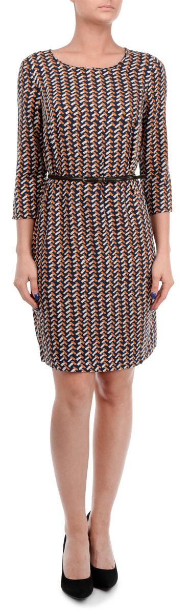 Платье Finn Flare, цвет: черный, коралловый. W15-12027. Размер M (46)W15-12027Элегантное платье Finn Flare выполнено из 100% вискозы. Такое платье обеспечит вам комфорт и удобство при носке.Модель с рукавами 3/4 и круглым вырезом горловины выгодно подчеркнет все достоинства вашей фигуры. Платье оформлено оригинальным контрастным принтом. В комплект входит узкий ремень с металлической пряжкой. Изысканное платье-миди создаст обворожительный и неповторимый образ.Это модное и удобное платье станет превосходным дополнением к вашему гардеробу, оно подарит вам удобство и поможет вам подчеркнуть свой вкус и неповторимый стиль.
