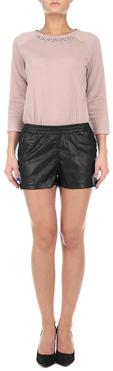 Шорты женские Broadway, цвет: черный. 10153820 999. Размер S (44)10153820 999Оригинальные женские шорты Broadway выполнены из высококачественного полиуретана с добавлением полиэстера, плотного материала, текстура которого напоминает кожу. Модель имеет широкую резинку на поясе. Спереди модель дополнена двумя втачными карманами.Стильные шорты - незаменимая вещь в гардеробе каждой современной девушки, они помогут создать современный неповторимый образ.