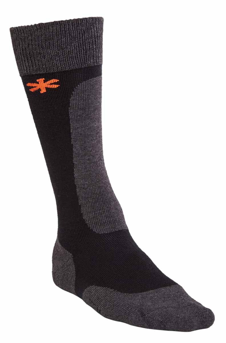 Термоноски мужские Norfin Wool Long, цвет: серый, черный. 303803. Размер XL (45/47)303803Термоноски мужские отлично подходят для занятий различными видами спорта и повседневного использования. Особенно мягкие и удобные высокие термоноски Norfin Wool Long из материала, в состав которого входит шерсть Мериноса и синтетические материалы, способные надежно отводить влагу с поверхности кожи, что очень важный фактор для сохранения тепла наших ног при низкой активности в холодной погоде, а также обеспечить надежную фиксацию носок на ногах. Эргономичная конструкция носков обеспечивает идеальное прилегание и не позволяет им сползти в обувь.