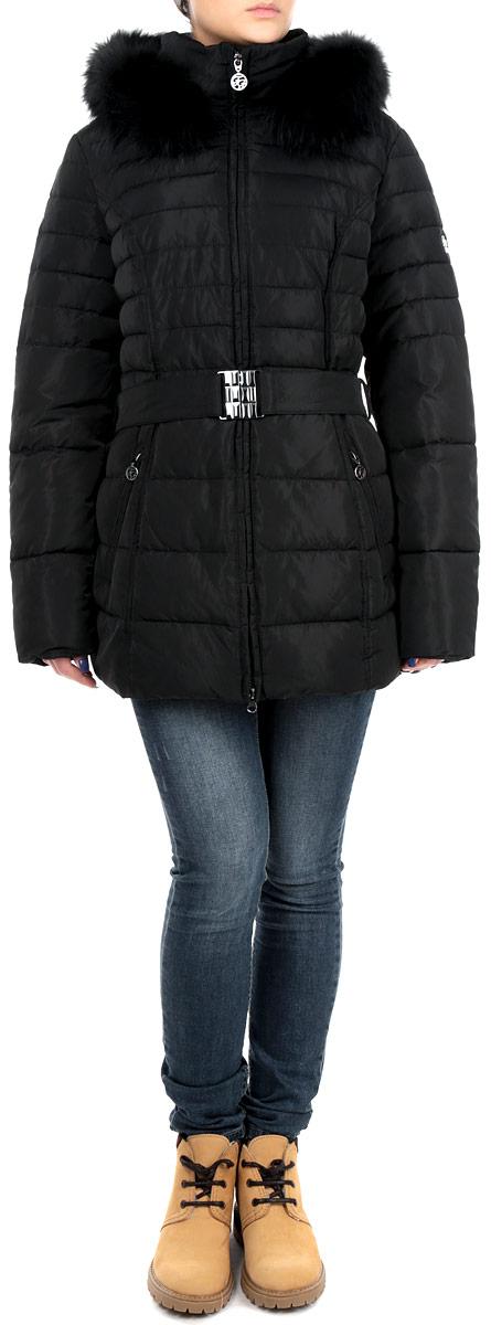 Куртка женская Finn Flare, цвет: черный. W15-11008. Размер M (46)W15-11008Стильная и удлиненная женская куртка Finn Flare подчеркнет креативность вашего вкуса. Модель приталенного кроя с отстегивающимся капюшоном застегивается на застежку-молнию. Капюшон дополнен съемной опушкой из натурального крашеного меха енота. Утеплитель - синтепон. Куртка дополнена двумя боковыми карманами на застежках-молниях. К модели прилагается пояс с эластичной вставкой и металлической пряжкой. Эта модная куртка послужит отличным дополнением к вашему гардеробу.
