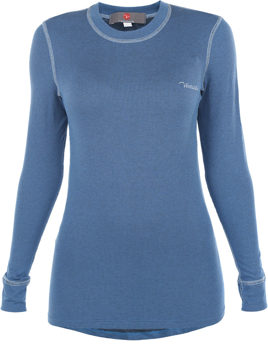 Термобелье кофта женская Verticale Sport Ruta Top, цвет: голубой. 7694A. Размер L (50/52)7694AСерия термобелья Sport специально разработана для любителей спорта на открытом воздухе. Термобелье этой серии быстро отводит влагу от тела, удерживая тепло вырабатываемое организмом при физических нагрузках. Красивый рисунок переплетения нитей, все плоские швы выполнены контрастными нитями. Верхний слой полотна выполнен из модернизированного вискозного волокна - модал, обладающего хорошими гигиеническими и теплозащитными свойствами. Нижний слой - полипропилен обеспечивает максимальный отвод влаги с поверхности тела, с ее последующей транспортировкой в другие слои одежды. Мягкое и нежное полотно не усаживается и не теряет упругости, обеспечивая комфортность в носке. А добавление эластичных нитей - спандекс в состав полотна повышают эластичность материала, делая его послушным и удобным для занятий спотом. Рукава оформлены эластичными манжетами. Модель дополнена логотипом производителя. Спинка удлиненная. Ничто не будет стеснять ваших движений.